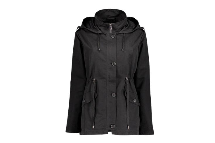 Chaqueta negra con capucha y bolsillos de New Yorker